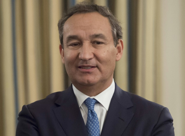 CEO United Airlines Oscar Munoz /// Ảnh: AFP