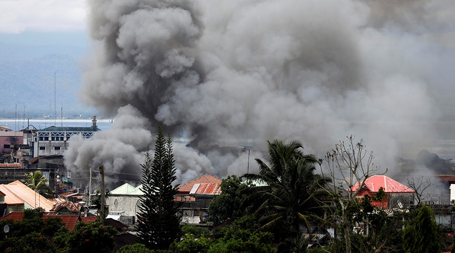 Khói lửa vẫn chưa nguôi ở Marawi	 /// Reuters