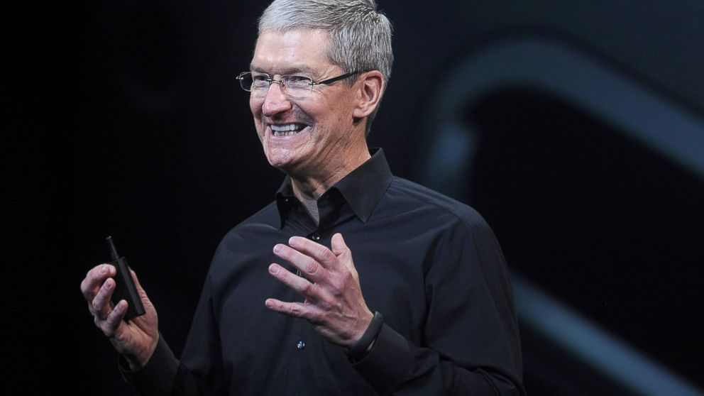 CEO Apple Tim Cook /// Bloomberg