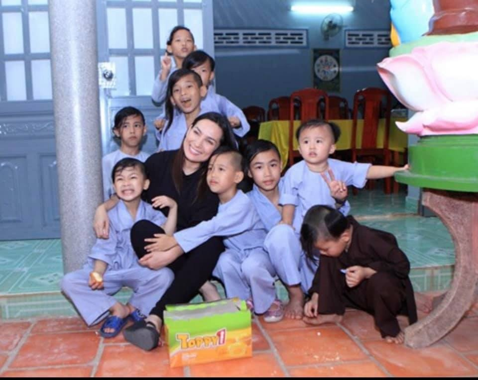 Phi Nhung's message about 23 children before her death caused great emotion - Photo 2