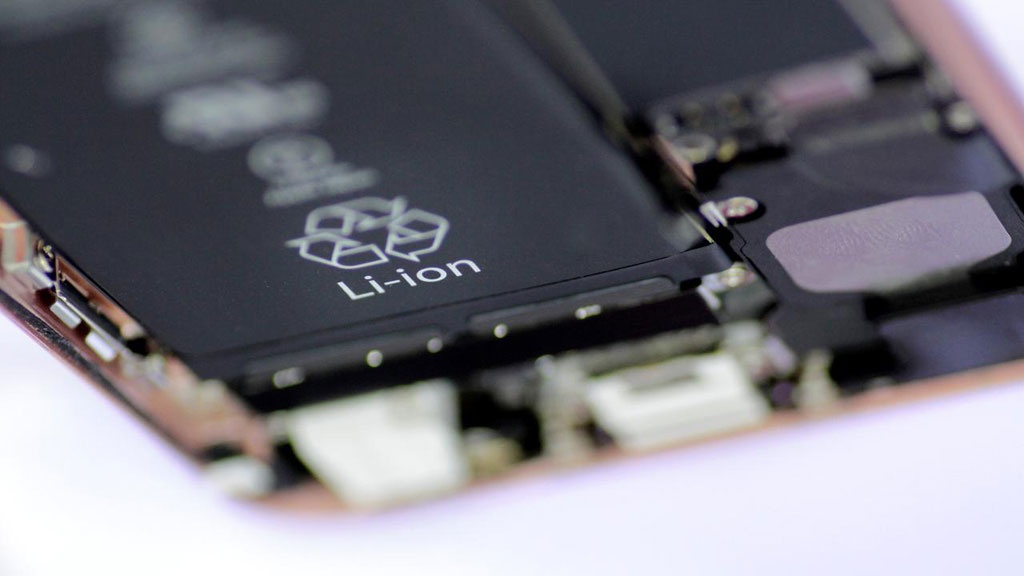 Một loại pin lithium ion /// Reuters