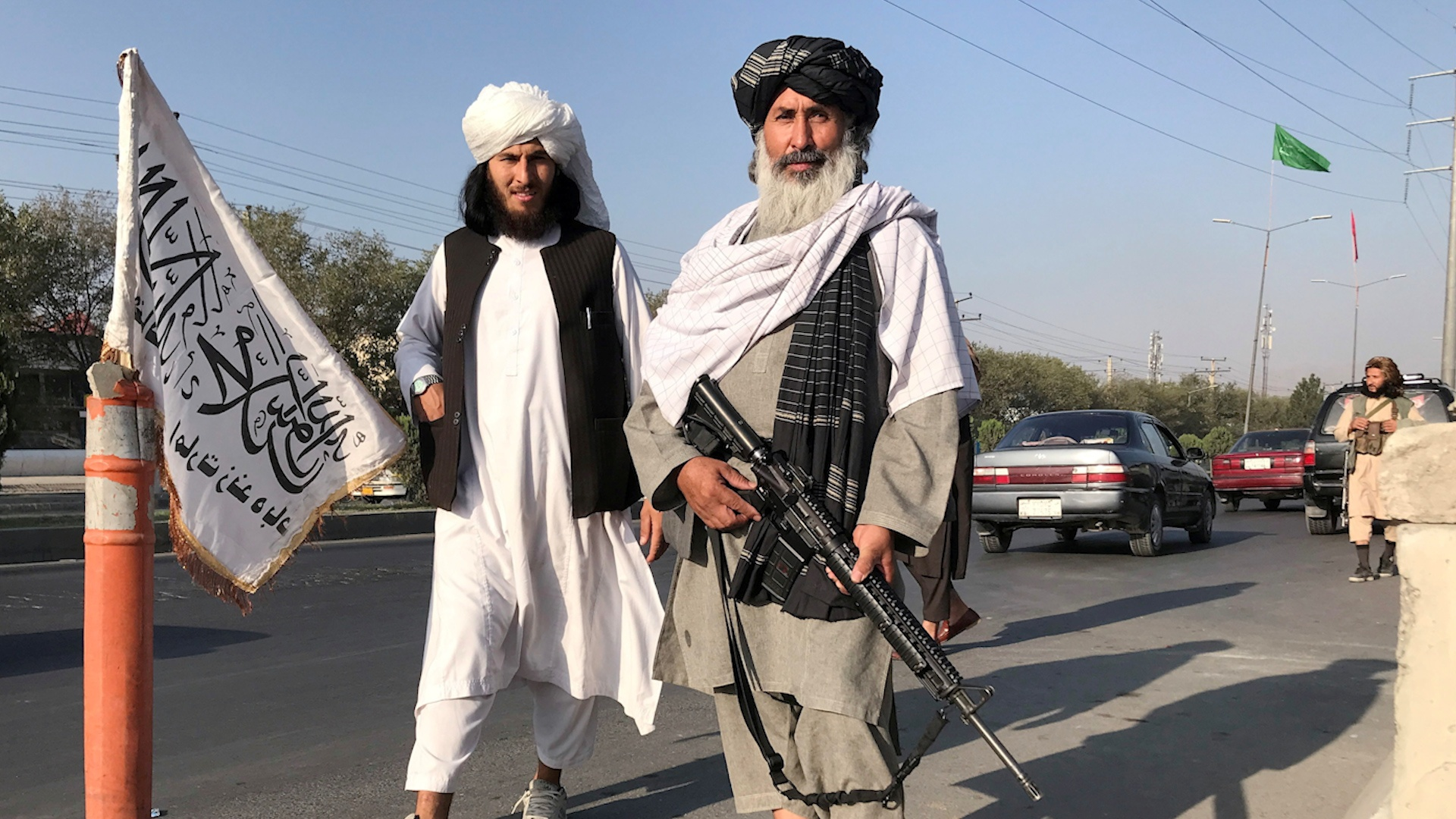 Taliban troops 'relaxed' playing tramcars, swings in Kabul - photo 2