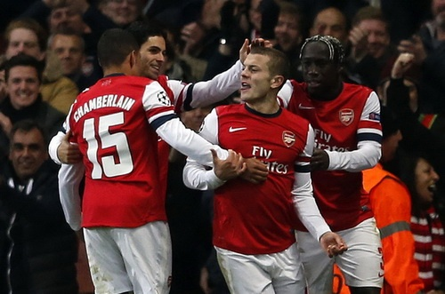 Arsenal thắng Montpellier 2-0 tại Champions League