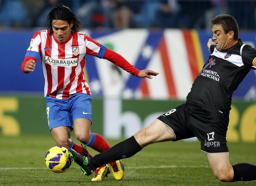 Atletico Madrid thắng Levante 2-0