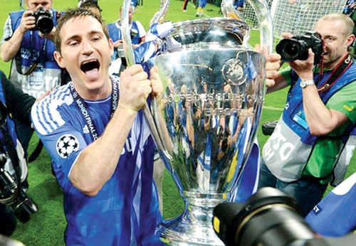 Lampard gây sốc cho Chelsea