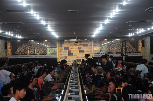 http://st.game.thanhnien.com.vn/image/9613/09/24/ak-net-cup/thanh-nien-game-esports-lmht-ak-net-cup-001.jpg