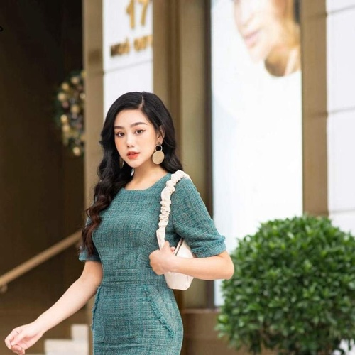 7 ngày – 7 outfit