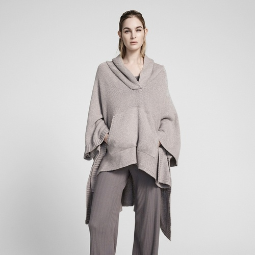 Pre - Fall 2017 Ready-to-Wear