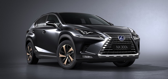 Lexus NX300 Black Line Special Edition sản xuất giới hạn 2.000 xe