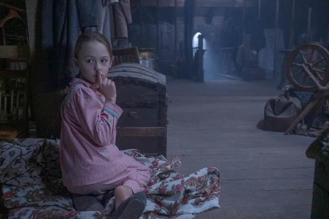 Phim kinh dị 'The haunting of Bly manor' gây sốt Netflix
