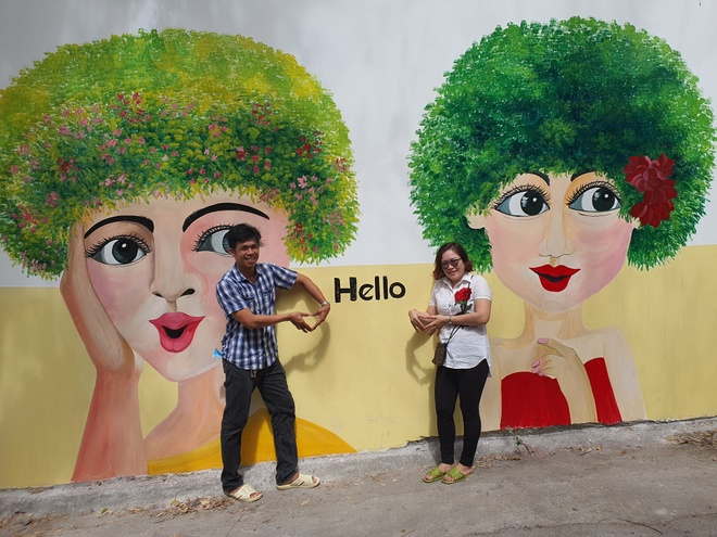 The mural alley in Vung Tau attracts many visitors to check-in - photo 2