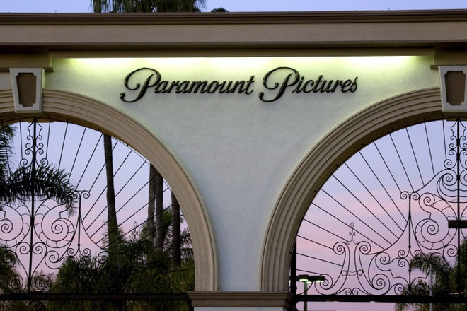 Lối vào Paramount Pictures ở Los Angeles (Mỹ) /// Ảnh: Bloomberg