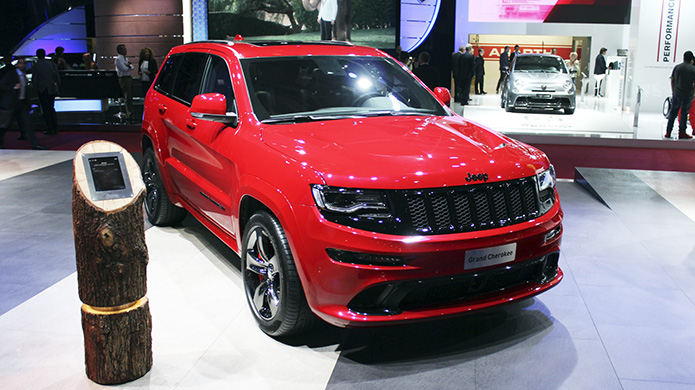 Paris Motor Show 2014: Jeep trình làng Grand Cherokee SRT Red Vapor