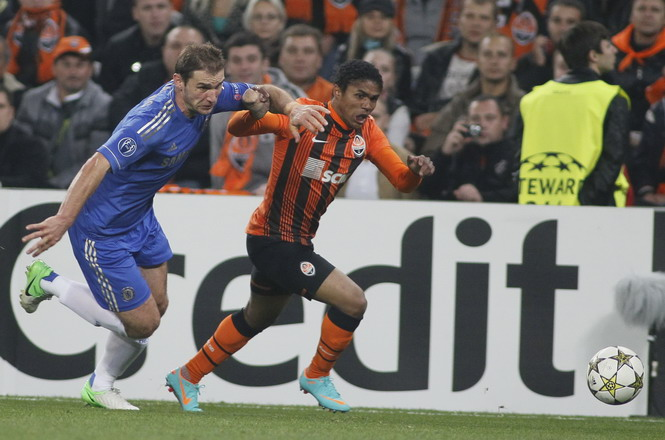 Vì sao Shakhtar Donetsk thắng Chelsea?