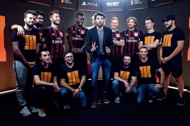 Balotelli, Abate 'quẩy' tưng bừng trong Call of Duty: Black Ops 3