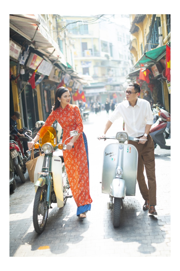 A set of photos that are memorable to the couple's old Tet in Hanoi - photo 2