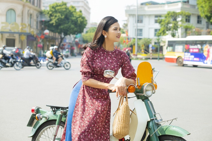 A set of photos that are memorable to the couple's old Tet in Hanoi - photo 7