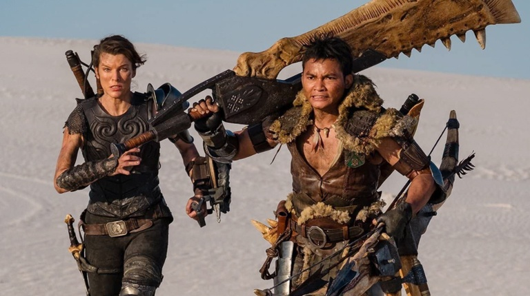 Milla Jovovich và Tony Jaa trong phim 'Monster Hunter' ///  ẢNH: SONY PICTURES