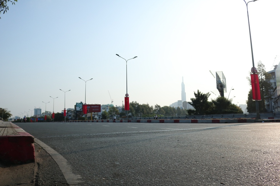 The moment when Saigon Street in the early morning of the New Year, Tan Suu without people, the most peaceful - photo 8